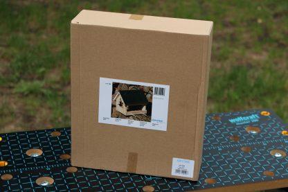 Krmítko pre sýkorky v krabici